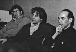 """Nonostante le lunghe ore di studio di registrazione, Ted. Steve e Ronnie mostrano ancora una buona cera (ma in realtà é Invernizzina). Registrando """"Altri Nani"""", SubCave Studios, Bologna, 1990. #LMT #linoeimistoterital #records #vinyle #theeighties #80s #altrinani #italianrock #Bologna #recordingstudio"""