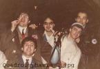 """Smarties al posto delle anfetamine. """"Quadroimphamia"""": Lino e I Mistoterital ragazzi amModo! Pieve di Cento (Bo), 23 marzo 1985."""