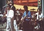"""Festa di presentazione per l'uscita di """"Bravi Ma Basta"""", deposito delle Locomotive FS, Bologna, 25/06/1988. Basta parlare, adesso suonare. Da notare Ted e Phil coi cappellini da capi-stazione Rivarossi. #LMT #band #Linoeimistoterital #BraviMaBasta #records #vinyle #Eighties #80s' #FS #trains #railways"""